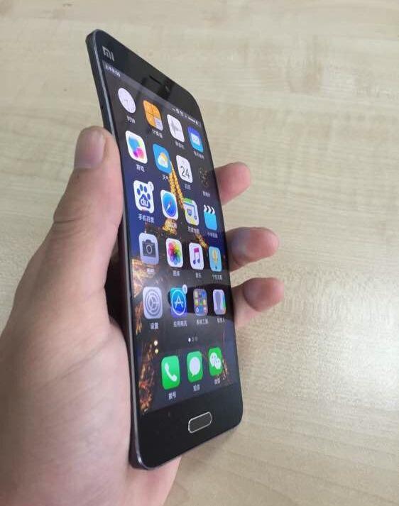 Xiaomi Mi Note 2 cuerpo flexible avistado en fotos 2