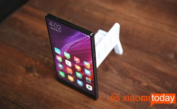 Xiaomi Mi Mix modelo pantalla 2