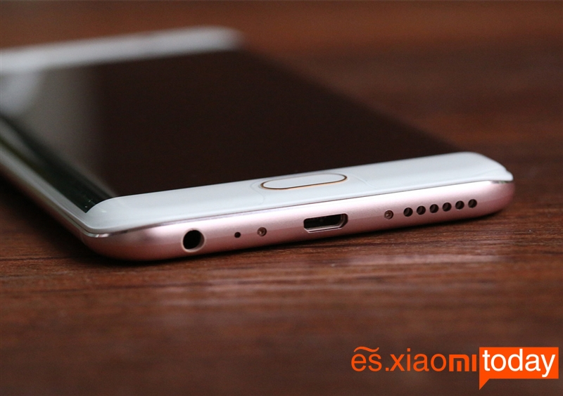 vivo-xplay6-usb