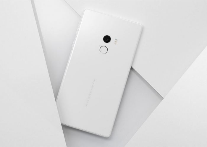 Xiaomi Mi Mix de color blanco