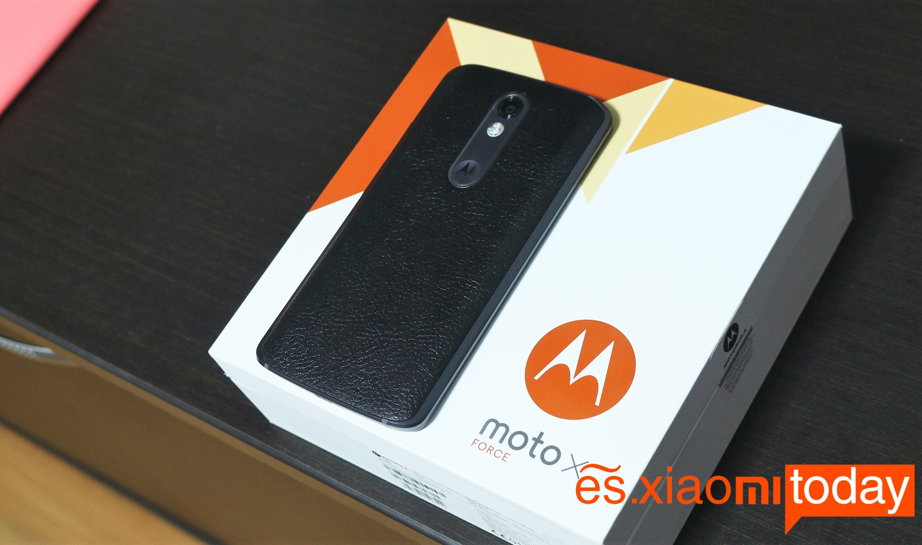 Moto X force Package