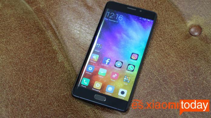 Xiaomi-Mi-Note-Pantalla-2