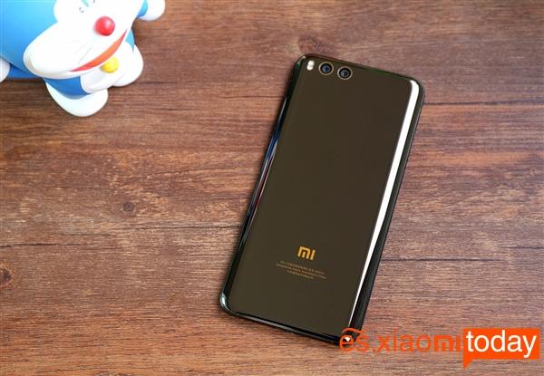 Xiaomi Mi 6 diseño 09
