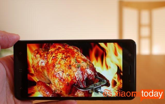 ELephone P8 mini pantalla