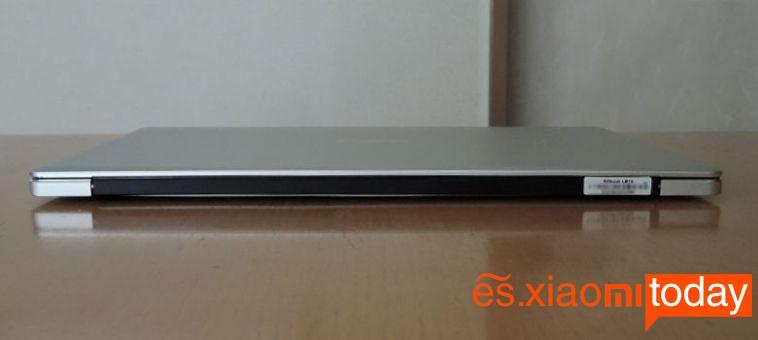 Jumper EZBook 3 Pro parte posterior