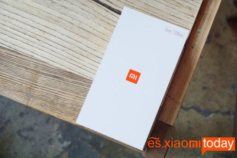 Xiaomi Mi MAX 2 unboxing