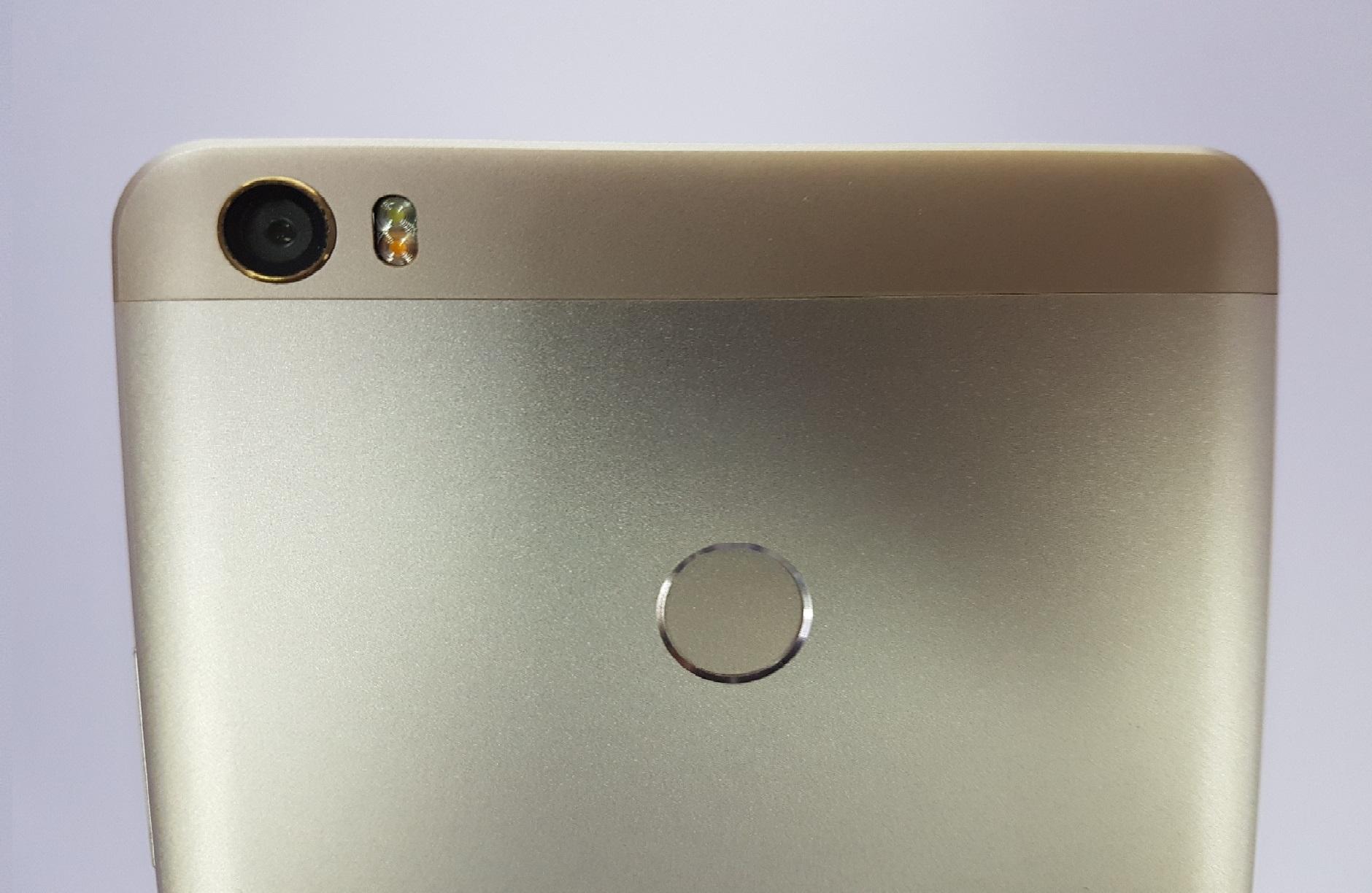 Xiaomi Mi6 y Mi Max 2 Destacada