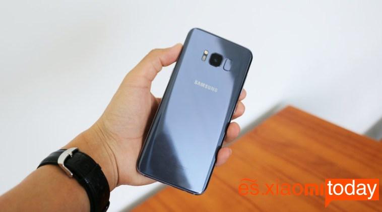 OnePlus 5 vs Samsung Galaxy S8 S8 trasera