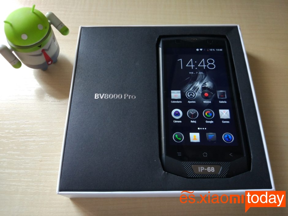 Blackview BV8000 Diseño