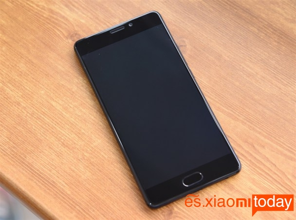 Meizu Pro 7 Plus: diseño de pantalla