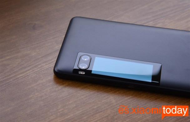 Meizu Pro 7 Plus: pantalla posterior
