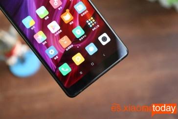 Xiaomi Mi MIX 2 parte inferior