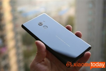 Xiaomi Mi MIX 2 parte posterior
