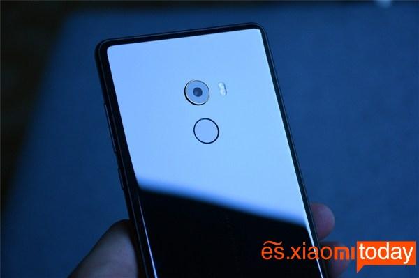 Xiaomi Mi MIX 2 negro versión cerámica parte trasera