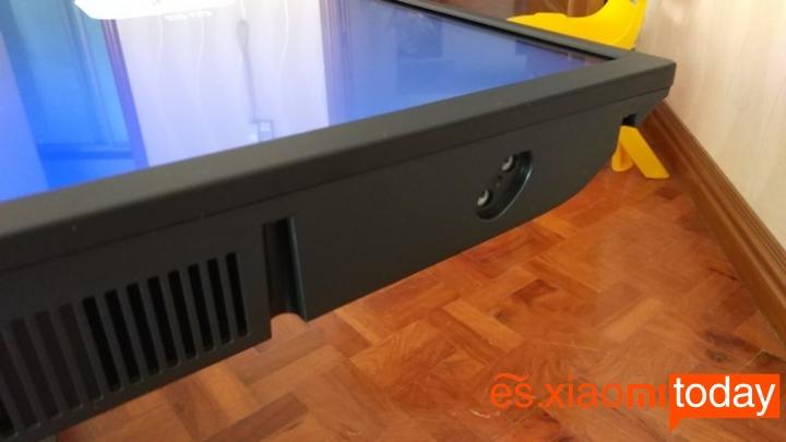 Xiaomi Mi TV 4A parte inferior