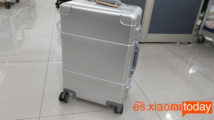 Xiaomi 20 inch Metal Travel Suitcase diseño