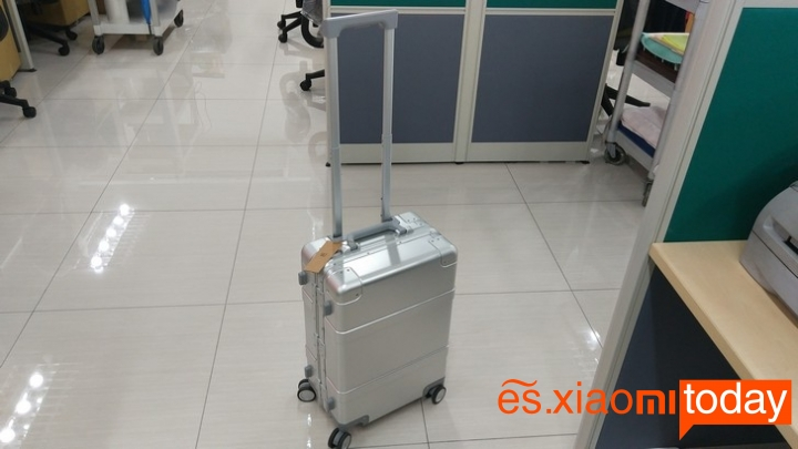 Xiaomi 20 inch Metal Travel Suitcase destacada