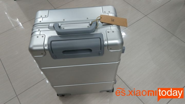 Xiaomi 20 inch Metal Travel Suitcase diseño parte superior