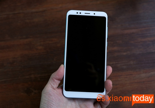 Xiaomi Redmi 5 Plus diseño