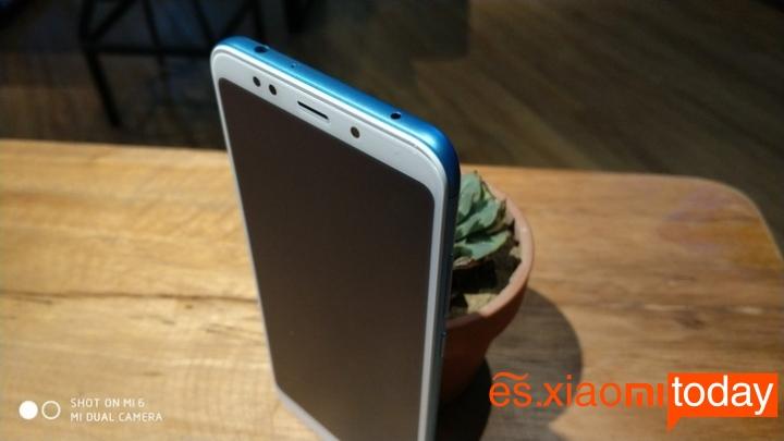 Xiaomi Redmi 5 Plus diseño parte superior
