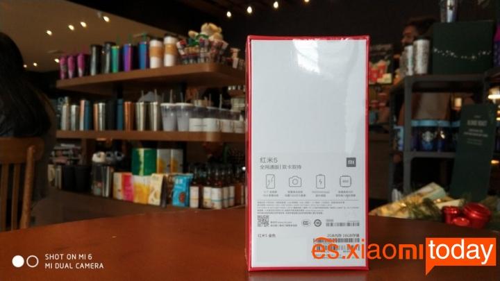 Xiaomi Redmi 5 caja parte posterior