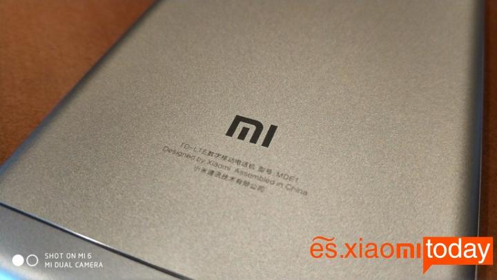 Xiaomi Redmi 5 diseño parte posterior