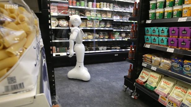 Robot despedido de un supermercado escocés