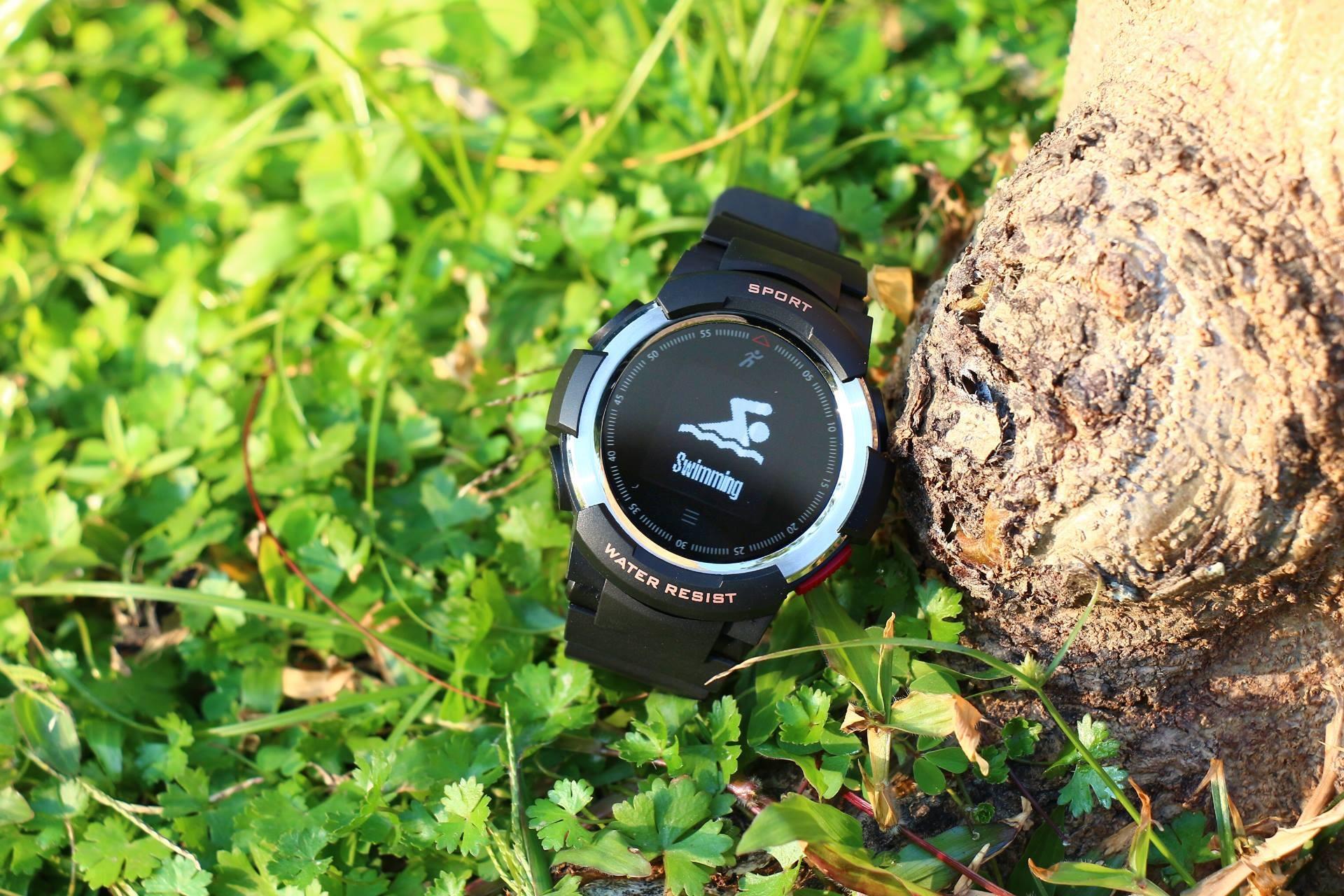 NO.1 F6 - smartwatch de gran calidad y resistencia