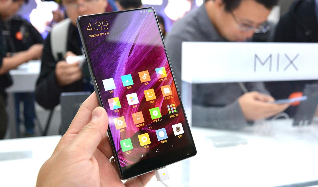 Xiaomi Mi Mix y Xiaomi Mi 5 con Android Oreo