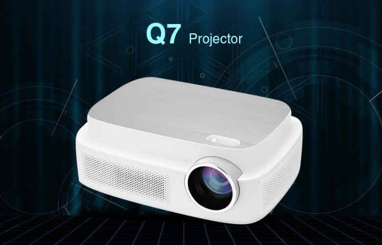 Q7 Projector destacada