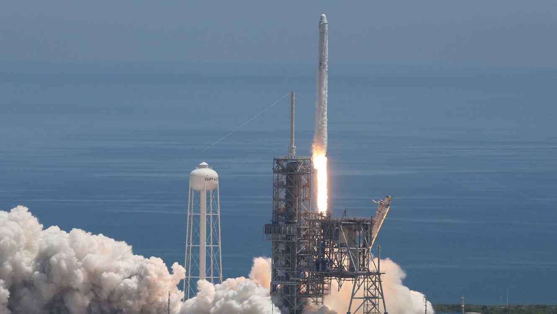 Lanzamiento de Falcon 9 - SpaceX