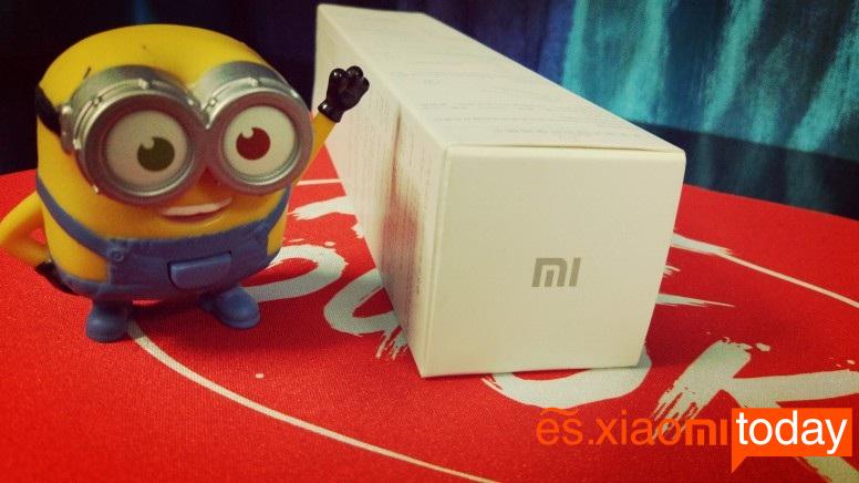Xiaomi Selfie Stick Tripod caja parte inferior