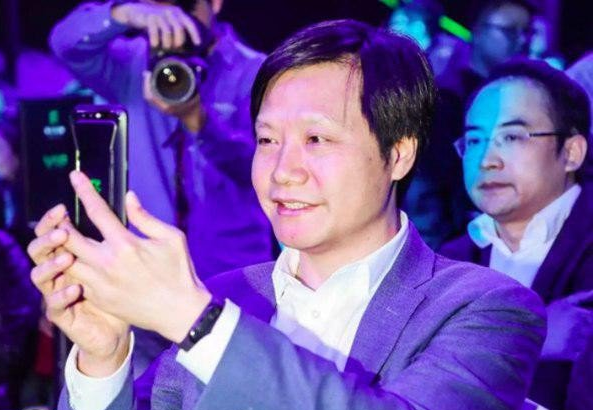 Lei Jun y la Xiaomi Mi Band 3