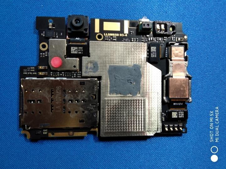 XiaomiRedmiNote 5Pro - Escudo metálico trasero