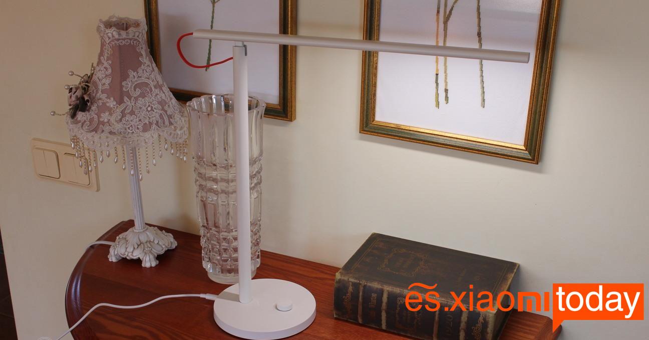 Xiaomi Mi Smart LED Desk Lamp Análisis - Diseño