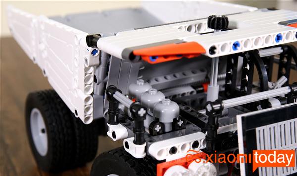 Xiaomi Mitu Block Mining Truck Análisis - Piezas
