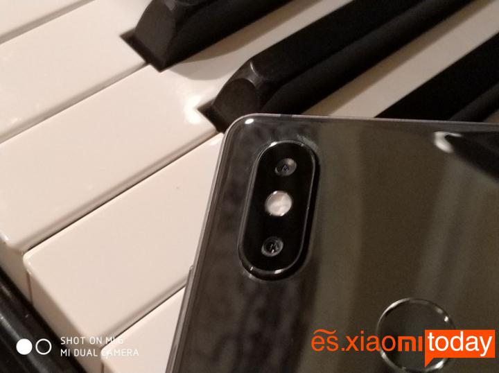 Xiaomi Mi 8 SE Análisis - Diseño