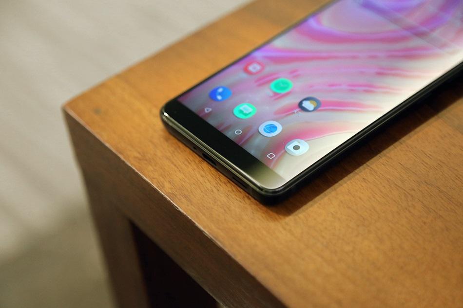 HTC U12+ Parte inferior