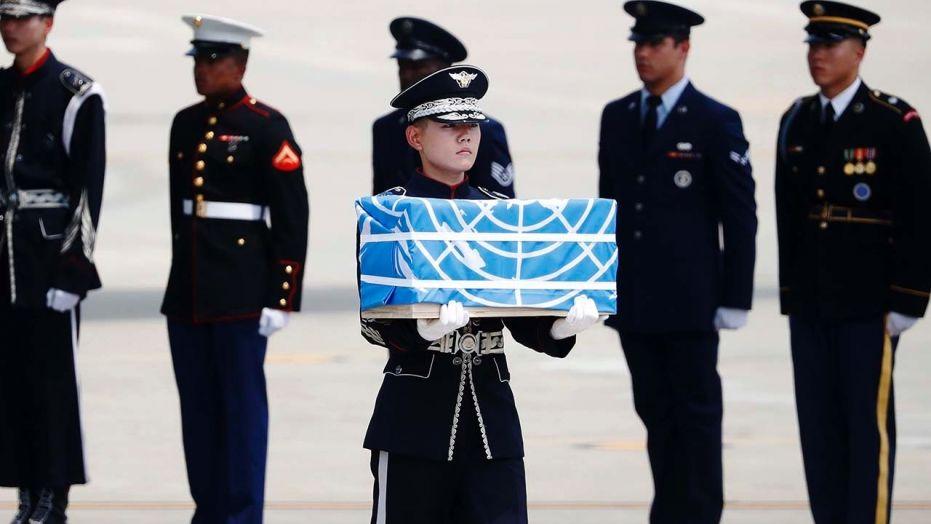 Repatriación de los restos de soldados americanos en la guerra de Corea