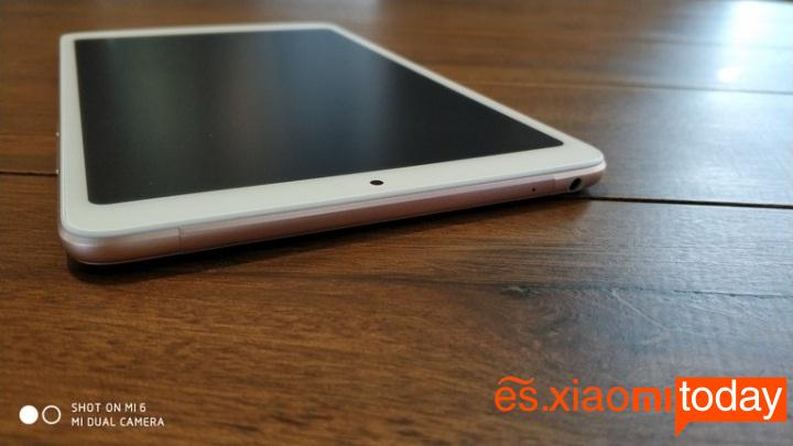 Xiaomi Mi Pad 4 diseño parte superior