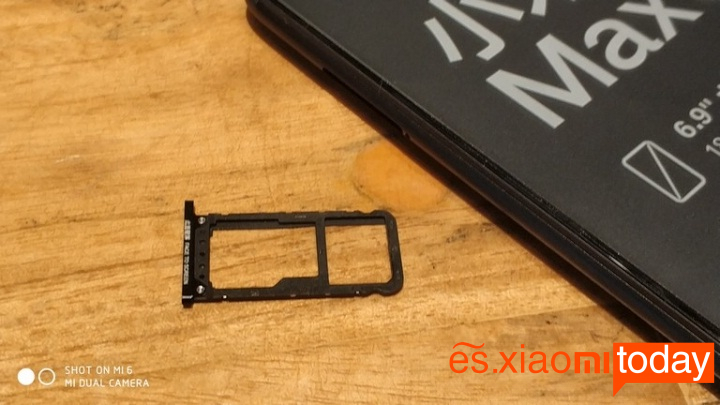 Xiaomi Mi Max 3 diseño lateral izquierdo