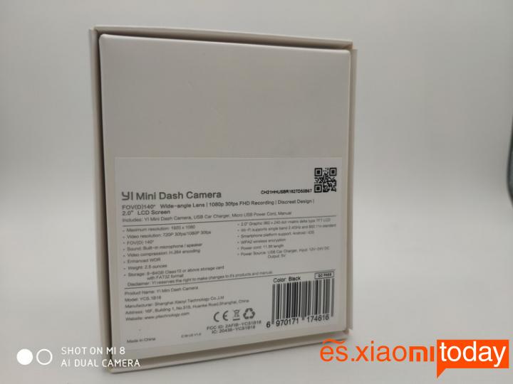 Xiaomi YI mini Dash Camera Análisis: Contenido del paquete