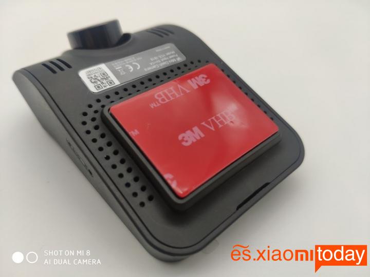 Xiaomi YI mini Dash Camera Análisis: adhesivo de 3M