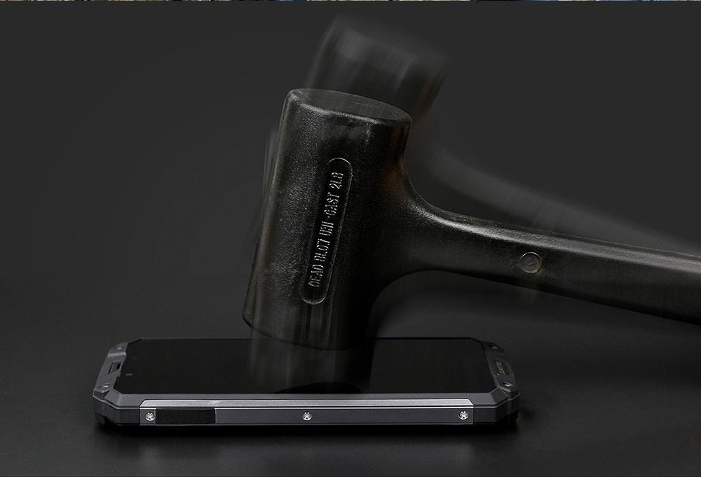 Oukitel WP2 diseño