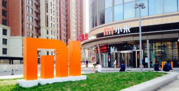Xiaomi decide burlarse de Apple y pone a la venta paquetes de productos XR, XS y XS Max