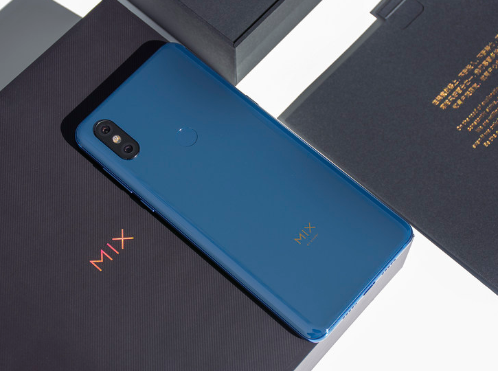 Xiaomi Mi MIX 3 diseño