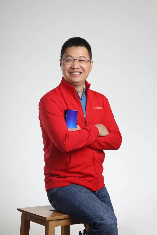 Lu Weibing is the new CEO of the Redmi brand