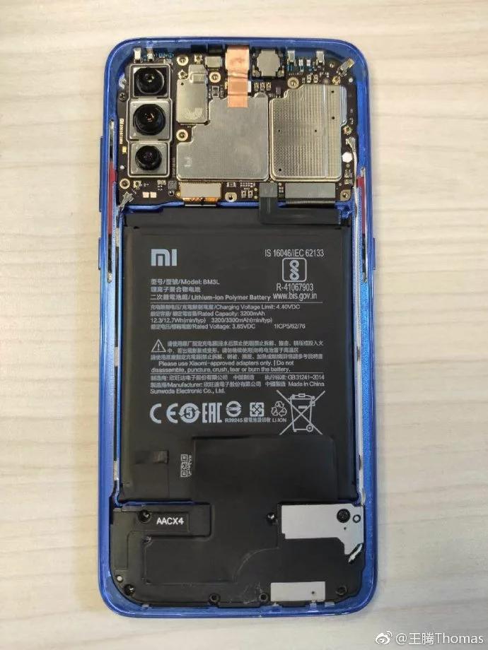 Xiaomi Mi 9 interno