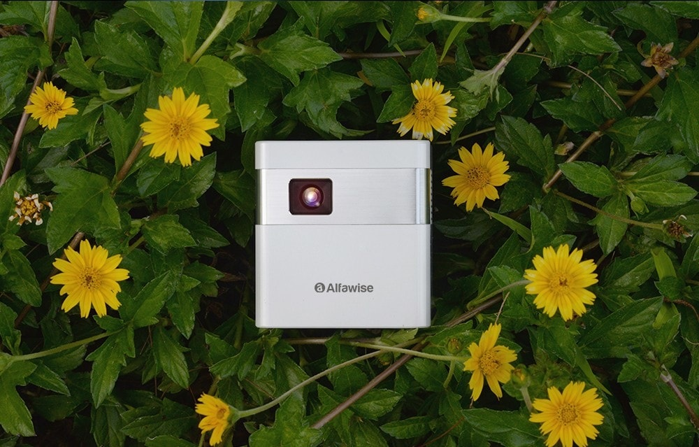 Mini Projector Alfawise D2 introduction