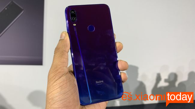 Xiaomi Redmi Note 7 Pro diseño 04